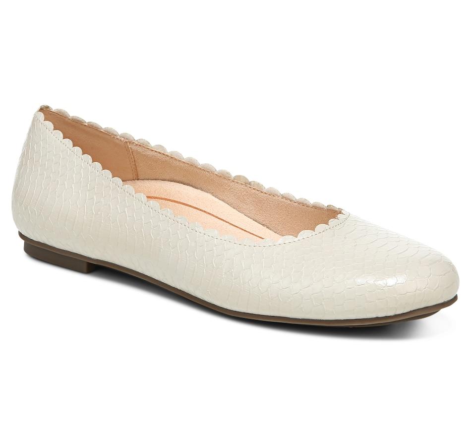 Image 409627_CRM.jpg , Product 409-627 / Price $99.99 , Vionic Julieta Ballet Flat from Vionic on TSC.ca's Shoes & Handbags department