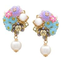 Pendants d'oreille ornés de perles de Miriam Haskell