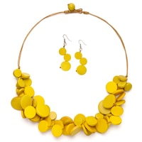 GLAMOUR Splash of Colour Wooden Medallion Necklace & Earrings Set