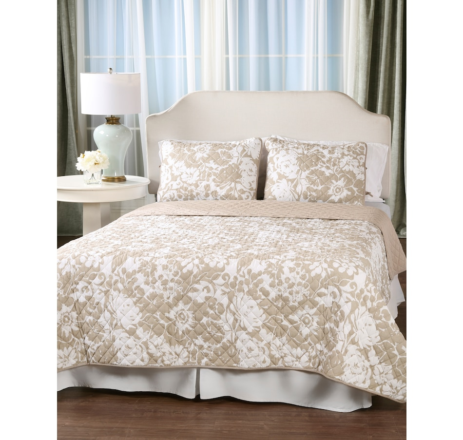 Image 505289_TPE.jpg , Product 505-289 / Price $39.88 - $69.88 , HomeSuite Cotton Quilt 3-Piece Set from HomeSuite Collection on TSC.ca's Home & Garden department