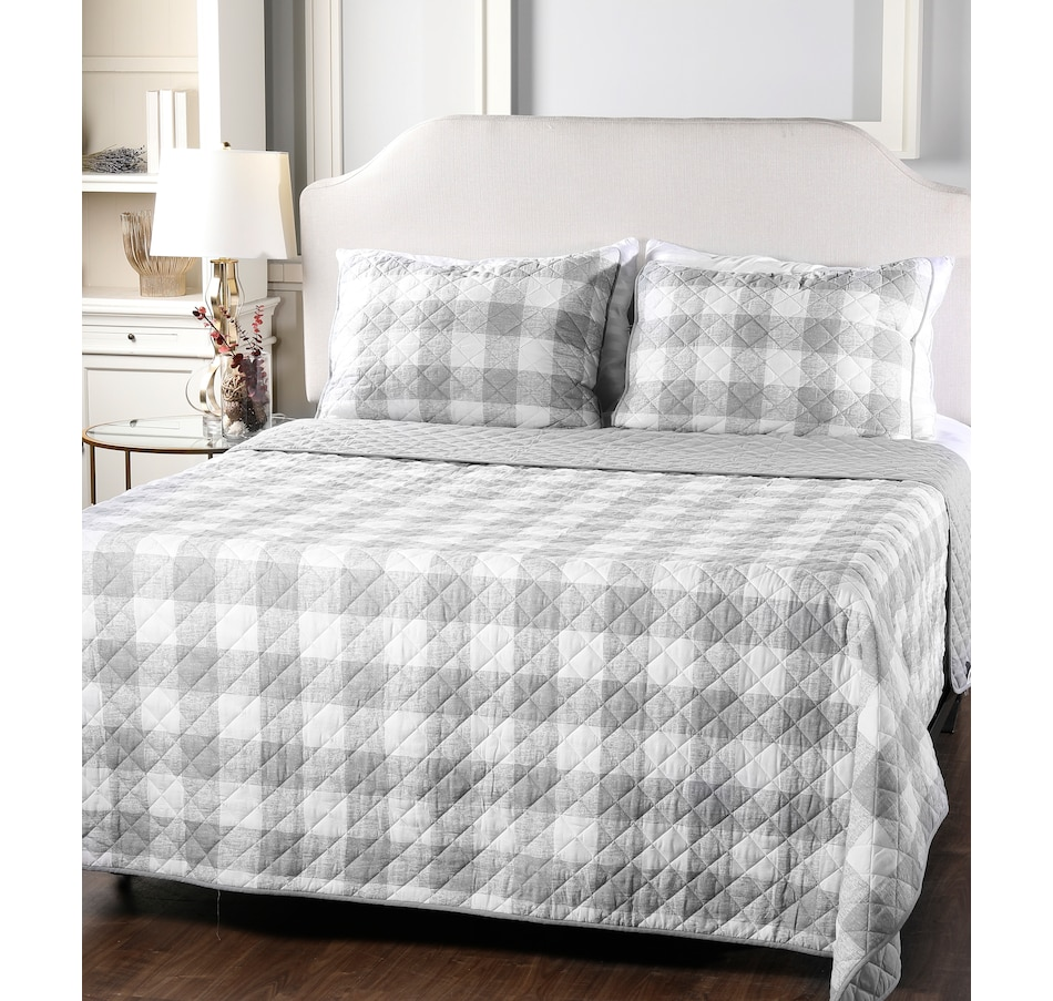 Image 505290_GRY.jpg , Product 505-290 / Price $59.99 - $109.99 , HomeSuite Cotton Quilt 3-Piece Set from HomeSuite Collection on TSC.ca's Home & Garden department