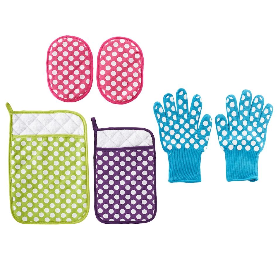 Image 505401_MUPKD.jpg , Product 505-401 / Price $15.33 , temp-tations 6-Piece Glove, Mitt and Trivet Set from Temp-tations on TSC.ca's Kitchen department