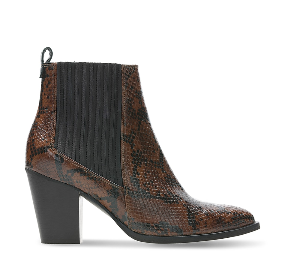 Image 527520_SNA.jpg , Product 527-520 / Price $200.00 , Clarks West Lo Boot from Clarks Footwear - Women on TSC.ca's Shoes & Handbags department