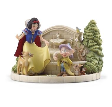 Snow White's Charming Garden Fountain Figurine