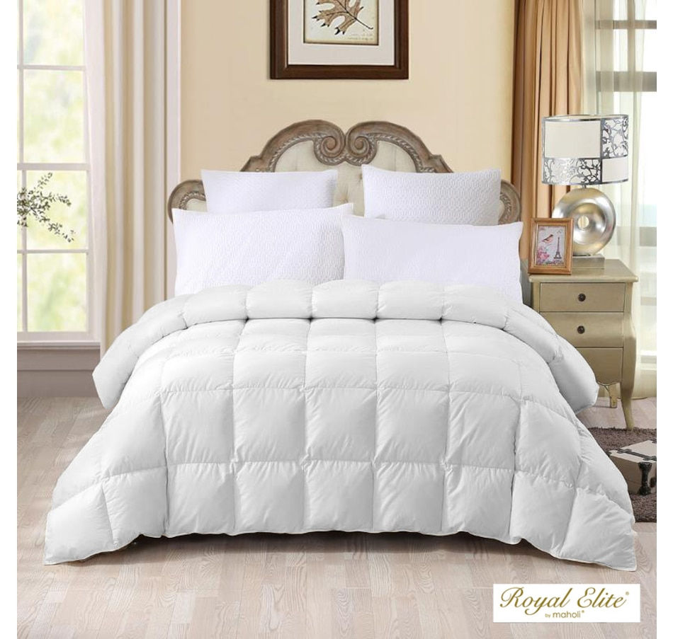 Image 637201.jpg , Product 637-201 / Price $264.95 - $419.95 , Maholi Royal Elite Canadian Brome Down All Seasons Duvet from Maholi on TSC.ca's Home & Garden department