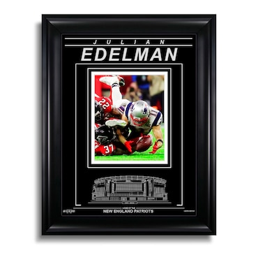Julian Edelman New England Patriots - Action Super Bowl LI Catch