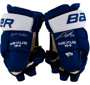 Fanatics Authentic Autographed Austin Matthews Toronto Maple Leafs Game Model Bauer Nexus Gloves